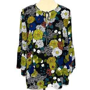 Violet & Claire Bell Sleeve Blouse